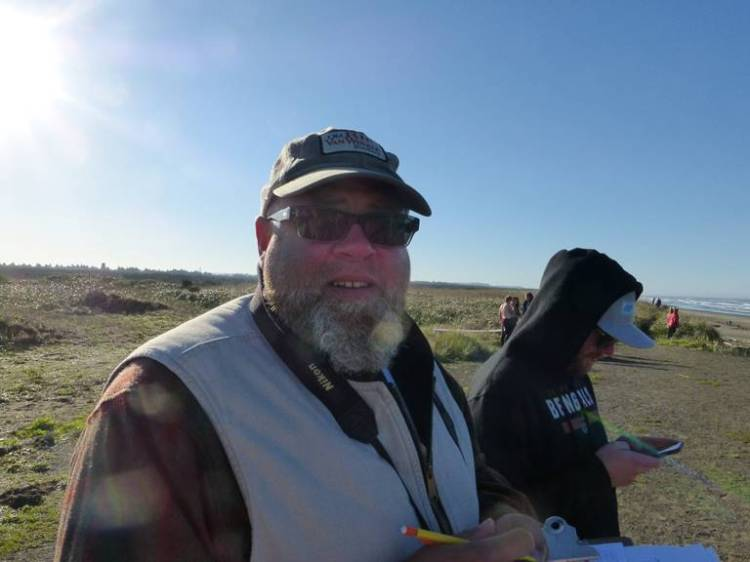 This is the head judge, Gary; quite a serious guy; and a spotter, checking his Facebook status