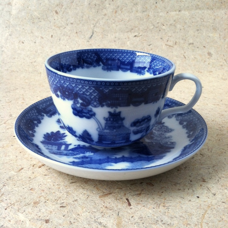 blue-willow-cup-saucer